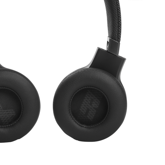 JBL Live 460NC - Black - WIRELESS ON-EAR NC HEADPHONES - Detailshot 3